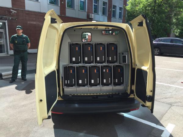 Сбербанк приступил к эксплуатации новых инкассаторских автомобилей