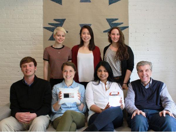 LuminAID: на Kickstarter собраны деньги на производство надувных фонарей