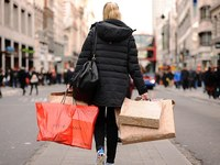 Розничные продажи в Великобритании за июнь просели на 0,9%