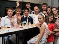 Джейми Оливер и Бирк Бэйер поделились своими знаниями и умениями с победителями конкурса здорового питания