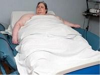 В Великобритании в 33 года скончался весивший более 400 кг мужчина
