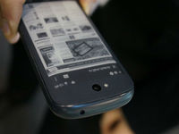 Yota Devices снижает цену на YotaPhone 2