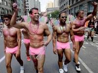 Ученые: геи и бисексуалы в 6 раз чаще страдают от рака кожи