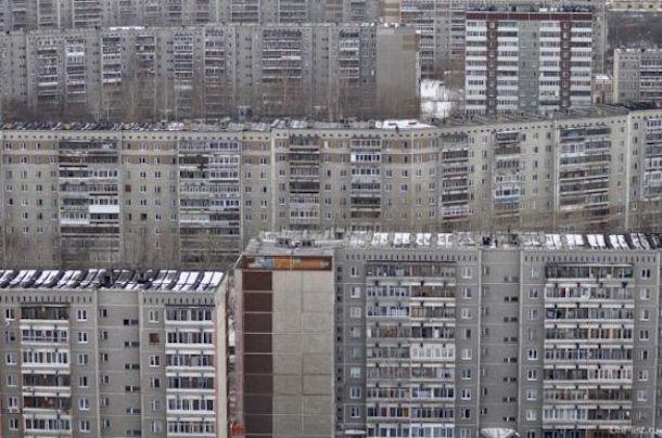 унылые фасады типовой затройки